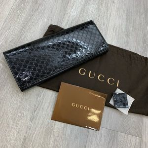 GUCCI patent clutch